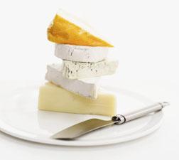 """תחליפי גבינה ישראלים חדשים: סגולות הסויה בדרך לעוגת גבינה """"ללא גבינה"""" האולטימטיבית"""