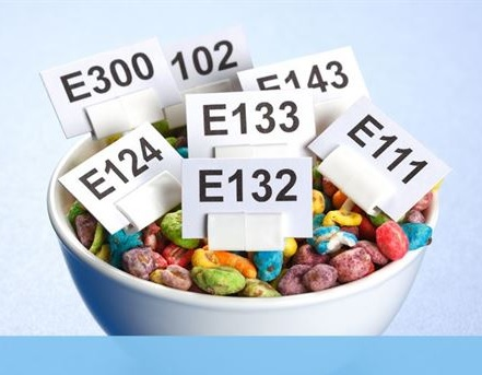 מי מפחד ממספרי E ?